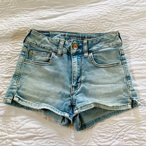 AMERICAN EAGLE OUTFITTERS Denim shorts High Rise